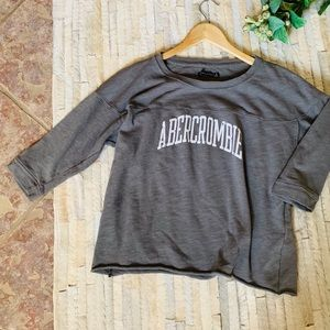 Abercrombie - Grey 3/4 sleeve Dolman Top - Small